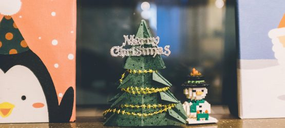 a lego christmas tree and snowman